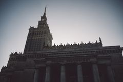 Palácio de Stalin do soviete da cultura e da ciência em Varsóvia, Polônia fotografia de stock royalty free