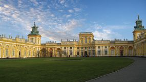 Palácio de Varsóvia Wilanow imagens de stock royalty free