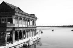 Palácio de verão de madeira do barco Foto de Stock