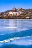 Palácio de verão no inverno Fotos de Stock Royalty Free