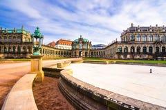 Palácio de Zwinger, galeria de arte e museu em Dresden, Alemanha imagens de stock royalty free