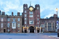 Palácio do ` s de St James, Londres, Reino Unido foto de stock royalty free