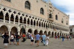 Palácio do ` s do doge em Veneza - Itália imagens de stock