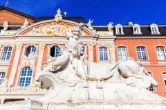Palácio eleitoral no Trier, Alemanha imagens de stock