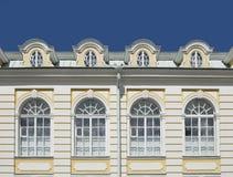 Palácio ensolarado Windows Imagens de Stock