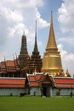 Palácio grande dourado em Banguecoque Tailândia Fotografia de Stock Royalty Free