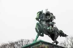Palácio imperial do Tóquio | Estátua do samurai do marco em Japão o 31 de março de 2017 Fotografia de Stock Royalty Free