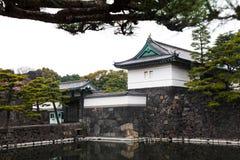 Palácio imperial do Tóquio o 31 de março de 2017 | Curso de Japão com marco da história Imagens de Stock