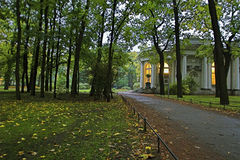 Palácio no parque Imagem de Stock