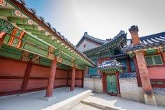 Palácio ou Changdeokgung de Changdeok o 17 de junho de 2017 em mares do verão Fotos de Stock