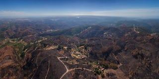 Palący lasowy Monchique Widok od nieba Zdjęcie Stock