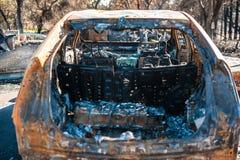 Palący zmielony samochodowy wrak Fotografia Royalty Free