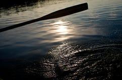 Pala su un lago Fotografia Stock