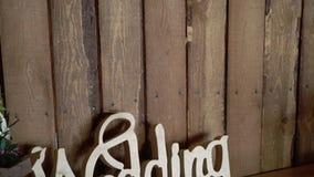 Palabra de la boda de madera almacen de metraje de vídeo