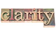 Palabra de la claridad en el tipo de madera fotos de archivo libres de regalías