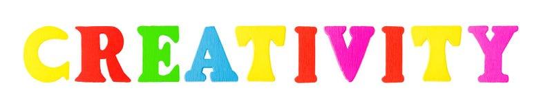 Palabra de la creatividad con las letras de madera Imagen de archivo libre de regalías