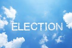 Palabra de la nube de la ELECCIÓN en el cielo imagenes de archivo