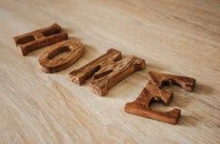 Palabra de madera HOGAR imagen de archivo
