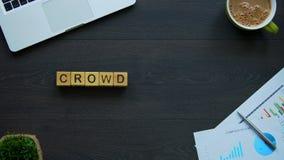 Palabra hecha de cubos, organización colectiva de Crowdfunding de compañía de la vivienda almacen de metraje de vídeo