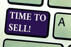 Palabra que escribe tiempo del texto para vender Concepto del negocio para el momento correcto para vender un negocio de la propi stock de ilustración