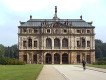 Palace in Grosser Garten Royalty Free Stock Images
