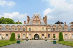Free Palace Of Fontainebleau In France Royalty Free Stock Photography - 56887397