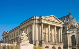 Palace and statue in Versailles Royalty Free Stock Images