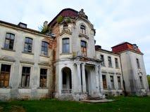 Palacio abandonado en Bielorrusia Fotos de archivo