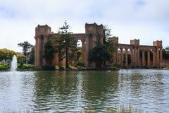 Palacio de bellas arte en San Francisco, California, los E.E.U.U. imagen de archivo