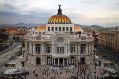 Palacio de Bellas Artes i Mexico - stad Royaltyfria Foton