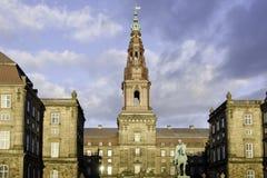 Palacio de Christiansborg en Copenhague, Dinamarca Foto de archivo