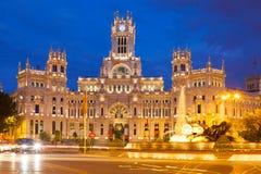 Palacio de Cibeles i sommarafton madrid Royaltyfri Foto