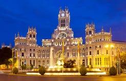Palacio de Cibeles i sommarnatt. Madrid Royaltyfri Fotografi