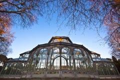Palacio de Cristal en stationnement de ville de Retiro, Madrid Photographie stock libre de droits