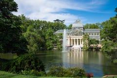Palacio de cristal krystaliczny pałac w Buen Retiro parku - Madryt Zdjęcia Royalty Free