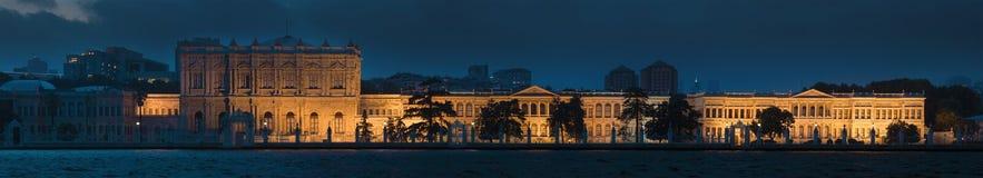 Palacio de Dolmabahce en Estambul imagenes de archivo