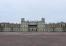 Palacio de Gatchina en primavera, marzo de 2016 foto de archivo