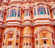 Palacio de Hawa Mahal (palacio de los vientos) en Jaipur, Rajasthán fotos de archivo libres de regalías