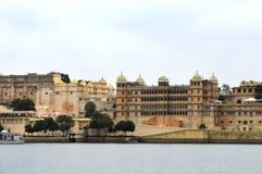 Palacio de la ciudad antigua, Udaipur, la India imagen de archivo