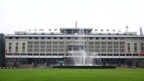Palacio de la independencia en Ho Chi Minh City en Viet Nam almacen de metraje de vídeo