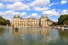 Palacio de Luxembour en París Imagen de archivo libre de regalías