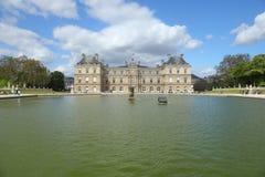 Palacio de Luxemburgo en París Imagenes de archivo