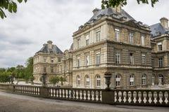Palacio de Luxemburgo en París Imágenes de archivo libres de regalías