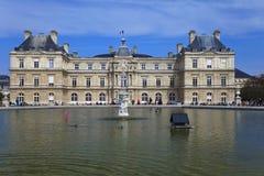 Palacio de Luxemburgo en París. Francia. Imagenes de archivo