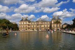 Palacio de Luxemburgo en París, Francia Imagen de archivo