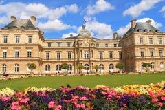 Palacio de Luxemburgo en París, Francia Foto de archivo libre de regalías