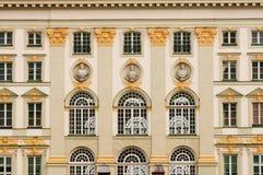 Palacio de Nymphenburg como fondo Imágenes de archivo libres de regalías