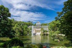 Palacio de parkerar den cristal crystal slotten i Buen Retiro - Madrid Royaltyfri Foto