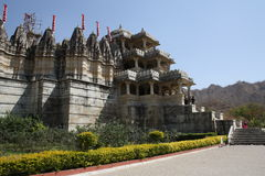 Palacio de Ranakpur en Rajastan la India Foto de archivo