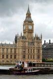 Palacio de Westminster y Ben grande Imágenes de archivo libres de regalías